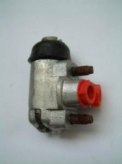 New Genuine Right Hand Front Wheel Cylinder Ford 100E/107E up to 1956 Free Uk Delivery